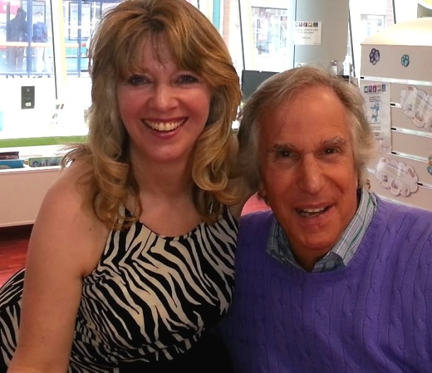 Heeyy! Carmen meets The Fonz! Author Carmen Capuano pictured with actor Henry Winkler.