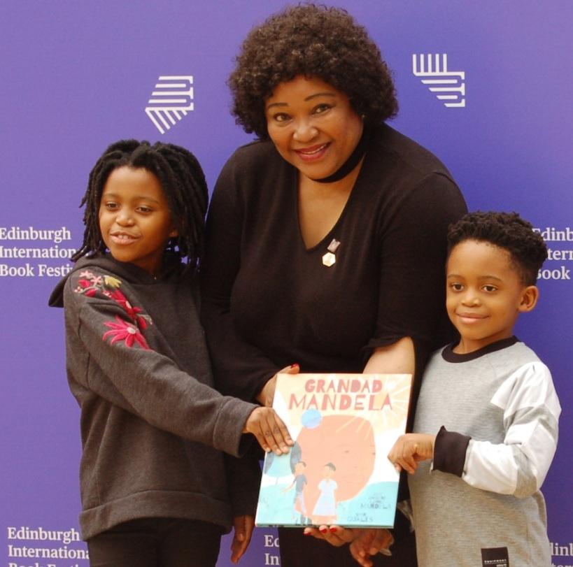 2018-08-14 17 2 generations of Mandelas